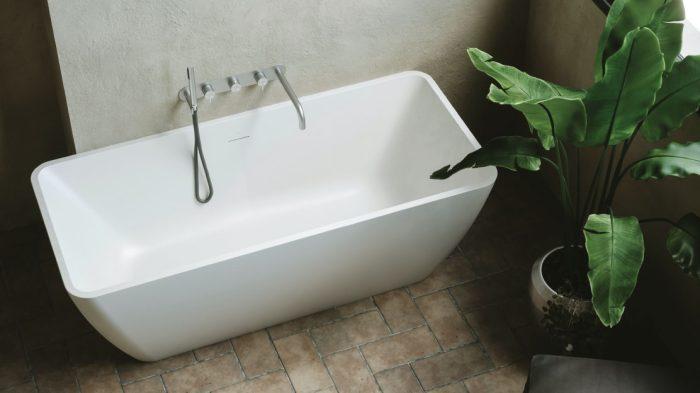 white bathtub free standing saniterra
