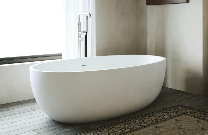 white milano bathtub freestanding